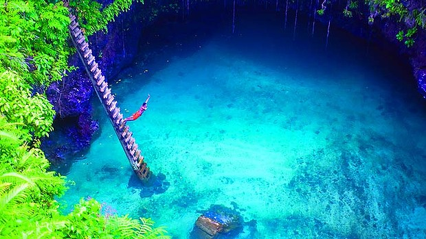 art-Samoa-To-Sua-Trench-620x349
